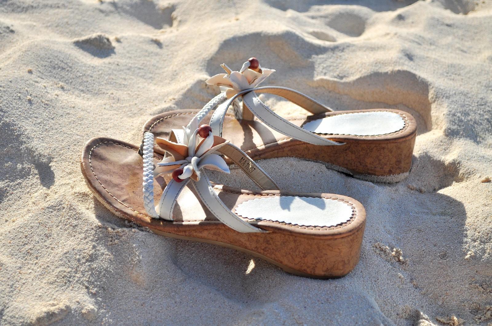 コロナウイルスが転機?癖変えは先ず左足から靴を履いてみる!